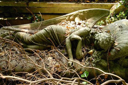 Statue cimetière Highgate