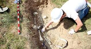 La découverte des ossements des victimes de Romasanta