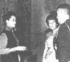 Lorraine Warren, le général et sa femme