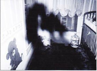 Apparition dans la Chambre d'Enfant