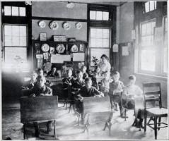 Classe de Dessin en 1917