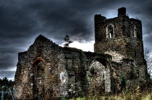 The Paranormal Diaries: Clophill, l'Histoire de l'Église de Clophill