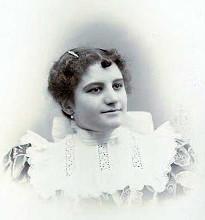 Clara Lovering