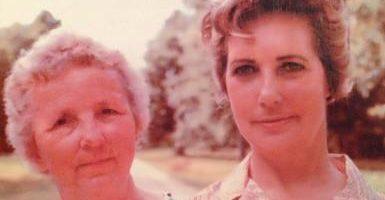 La Rencontre de Betty Cash et Vickie Landrum