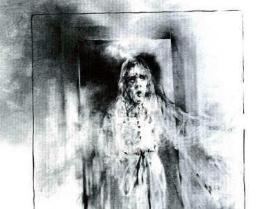 Vieille Femme Fantôme