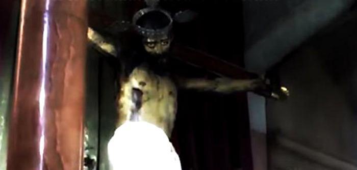 Statue Jésus Yeux Ouverts