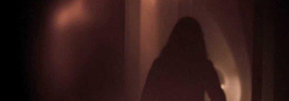 Confiné avec un Fantôme