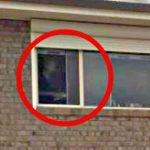 Un Fantôme à la Fenêtre ?